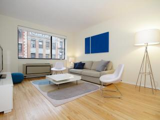 Amazing 2bed room in the heart of Hell's Kitchen! - New York City vacation rentals