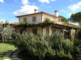 CASTELRILE - Lucca vacation rentals