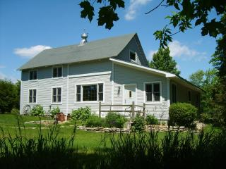 DOOR COUNTY FOUR SEASONS BARN HOUSE - Door County vacation rentals