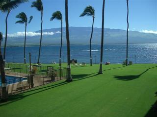 Beautiful Luxury Oceanfront 2 BD Condo Maalaea - Maui vacation rentals
