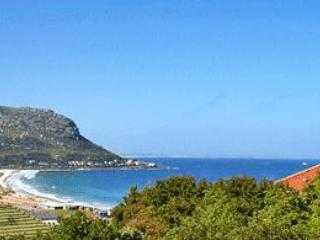 Whale Watchers 3 Bed Seaview Apt at Fish Hoek Bay - Muizenberg vacation rentals