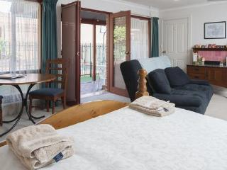 Magill Accommodation, Adelaide, B&B Appartment - South Australia vacation rentals