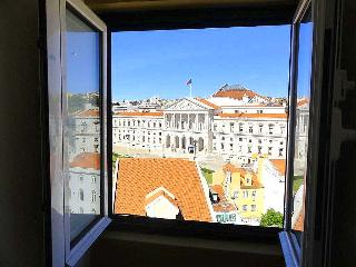 Quintinha Attic - Lisbon vacation rentals
