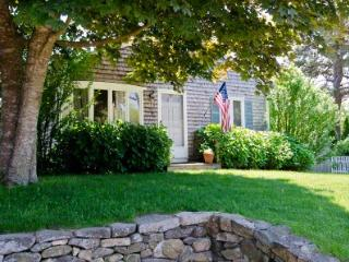 SOUTH WATER STREET COTTAGE - EDG LGED-147 - Edgartown vacation rentals