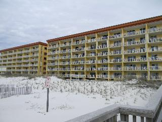 Gulf Dunes 105 - Book Online!  Low Rates! Buy 4 Nights or More Get One FREE! - Fort Walton Beach vacation rentals