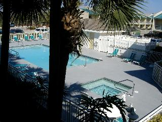 Gulf View 122 - Book Online!  Low Rates! Buy 3 Nights or More Get One FREE! - Destin vacation rentals