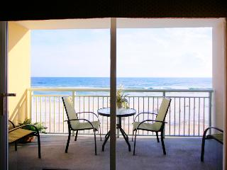 Pelican Isle 415 - Book Online!  Low Rates! Buy 4 Nights or More Get One FREE! - Fort Walton Beach vacation rentals