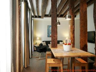 Apartment rue des Bernardins 75005 Paris - - 4th Arrondissement Hôtel-de-Ville vacation rentals
