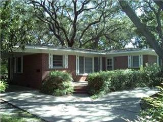 BEACH OAKS - Jekyll Island vacation rentals