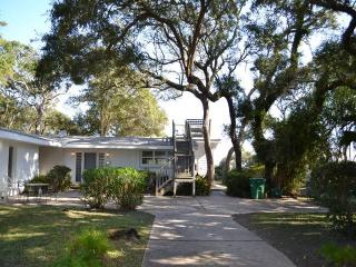 COTTAGE BY THE SEA - Jekyll Island vacation rentals