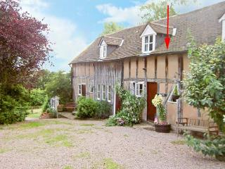 HAYWAIN, upside down accommodation, fabulous surroundings, in Great Malvern Ref 16142 - Great Malvern vacation rentals