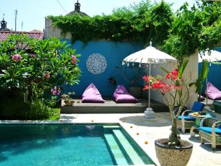 AFFORDABLE !!! PRIVATE QUIET-SUNNYDAYZ VILLA SEMINYAK $99 p/n YEARLY LEASE $18,000AUD Available 13th January 2015 - Seminyak vacation rentals