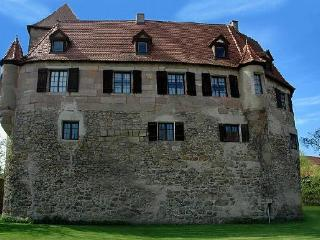Vacation Apartment in Nuremberg - 753 sqft, historic, large grounds (# 2798) - Nuremberg vacation rentals