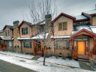 Beautifully Decorated w/ Private Hot Tub (BHV5610) - Park City vacation rentals