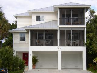Casa Bones Del Mar - Family Reunion House - Fort Myers Beach vacation rentals