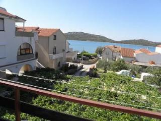 5591 R1 more (2) - Pirovac - Northern Dalmatia vacation rentals