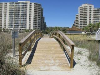 Nice 2 Bed, 2 Bath Oceanfront with Massive Views and Reserved Beach Chairs*! - Myrtle Beach vacation rentals