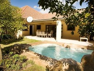 Somerset Sun Cottage - Somerset West vacation rentals