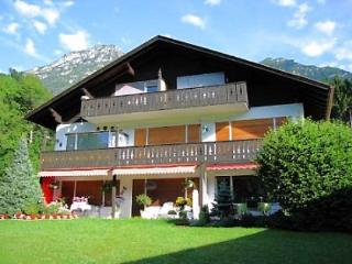 Vacation Apartment in Garmisch-Partenkirchen - 646 sqft, warm, comfortable, relaxing (# 2809) - Garmisch-Partenkirchen vacation rentals