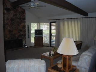521 PLUMAS PINES GOLF RESORT FAIRWAY VILLA - Blairsden vacation rentals