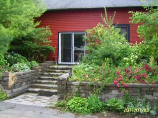 Maya's Garden House - Great Barrington vacation rentals