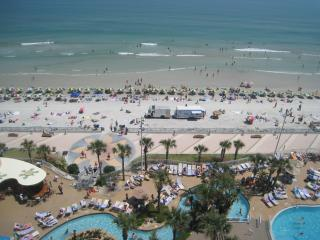1BR, OC Front, 2 Queen Beds Free WIFI $100/$200nt - Daytona Beach vacation rentals