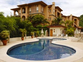 Bella Vista 8F - Herradura vacation rentals