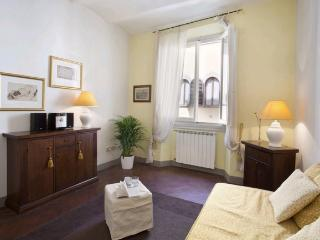 Welcoming apartment situated in the centrally located district of San Niccolo - Venice vacation rentals