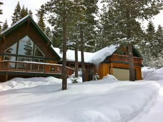 Perfect Getaway -Snowmobile, Ski, Swim, Hike, Fish - Crescent Lake vacation rentals