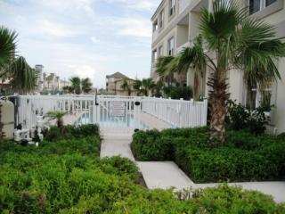 101 CORA LEE GULFVIEW - 2 Bedroom/2 Bath Condo - South Padre Island vacation rentals