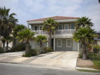 4 EMERALD BREEZE - 2 Bedroom/2 Bath Condo - South Padre Island vacation rentals
