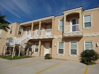8 PUEBLO del PADRE - 2 Bedroom/2 Bath Condo - South Padre Island vacation rentals