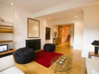 116 GRAFTON STREET; DUBLIN'S MOST CENTRAL PROPERTY - Dublin vacation rentals
