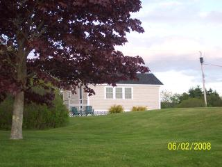Maine Ocean Front 2 Bedroom Cottage - Mid-Coast and Islands vacation rentals