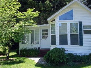 Creek side Park Model moments from town - Southwest Michigan vacation rentals