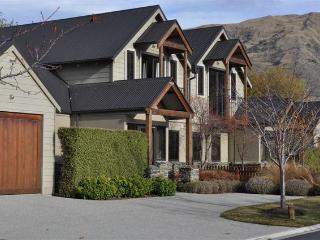 Lansdown Apartment - Wanaka vacation rentals