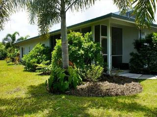 Everything is Within Reach at Piha Hau'oli Hale - Puna District vacation rentals