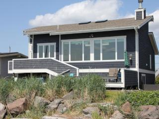 Upscale beach home on Sunlight Beach - Whidbey Island vacation rentals