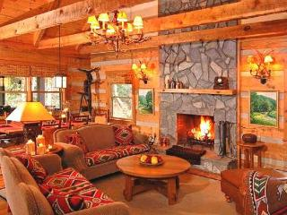 Rainbow's End - 3bd - sleeps 10 - pet-friendly - Banner Elk vacation rentals