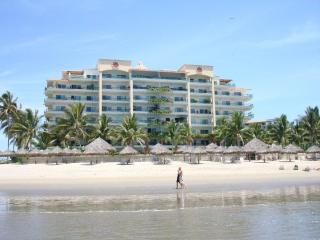 Luxury Beachfront - 3 Bdrm Condo - Nuevo Vallarta - Mexican Riviera-Pacific Coast vacation rentals