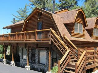 Luxurious and Spacious Quail's Run on 4.5 Acres!!! - Idyllwild vacation rentals