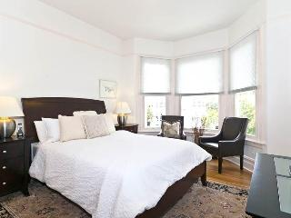 Furnished Family Friendly 3/br Top Floor Condo - San Francisco Bay Area vacation rentals