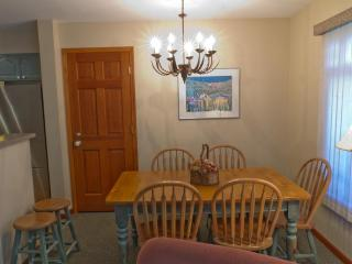 Sunpath 46 1 bdrm, pet-friendly condo in Whistler - Whistler vacation rentals