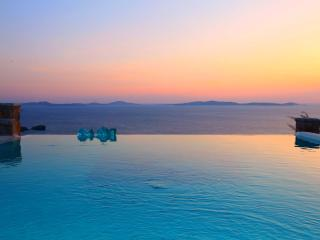 3 Bedroom Luxury Villa With Private Infinity Pool - Mykonos vacation rentals