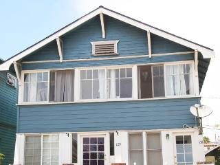 Bright & Charming 1BR Venice Beach Apartment - Free Bikes to Use During Your Stay! - Prime Location - Venice Beach vacation rentals