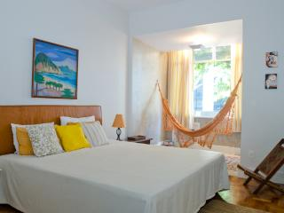 W56 - 1 BEDROOM IN ARPOADOR - Ipanema vacation rentals