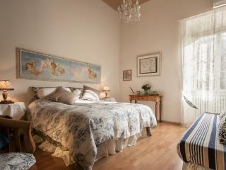Brunelleschi   Lovely vacation rental with picturesque views - Florence vacation rentals