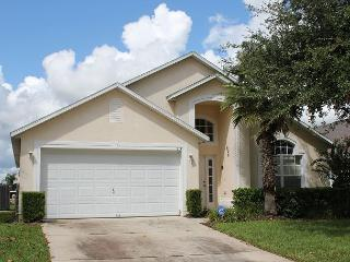 Vacation home with private pool, gated Westridge community, 4 TVs, free Wi-Fi - Kissimmee vacation rentals