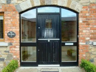 THE HEN HOUSE, Meath Country Cottage, Co Meath, Ireland - County Meath vacation rentals
