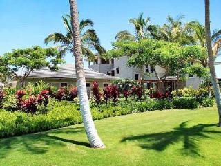 Stirling Luxury Penthouse on golf course with pool & short walk to the beach - Kohala Coast vacation rentals
